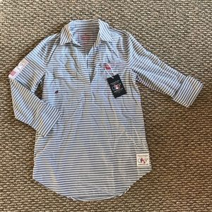 Vineyard Vines Pull Over Striped Shirt Size 2